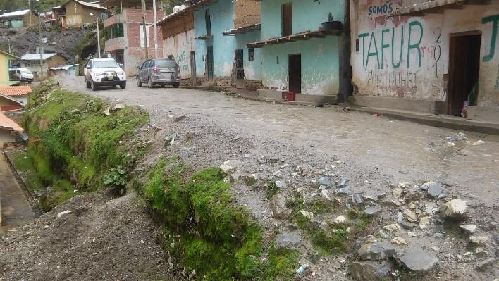 Mejoramiento de la Transitabilidad Vehicular y Peatonal en la Localidad de Ayash Huamani -Distrito de San Marcos, Huari, Ancash
